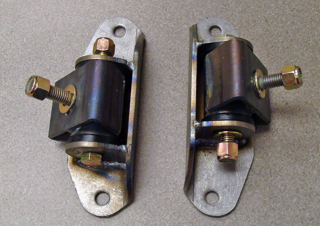 Ford 302 and 351w motor mounts solo motorsports for Ford 302 motor mounts