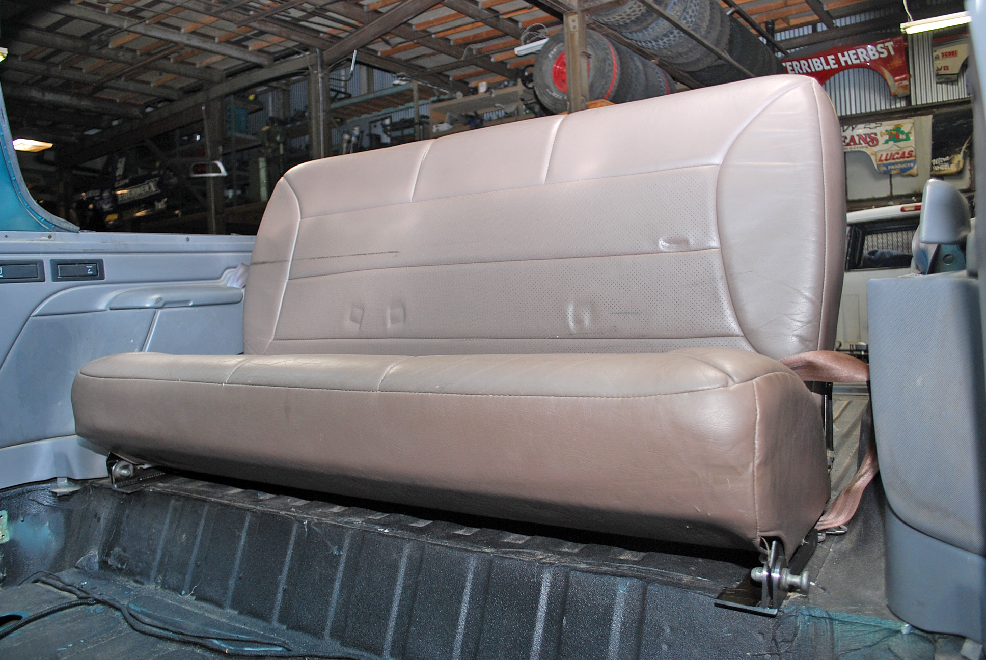 Fine Rear Bench Spacer Brackets Ford Bronco Inzonedesignstudio Interior Chair Design Inzonedesignstudiocom